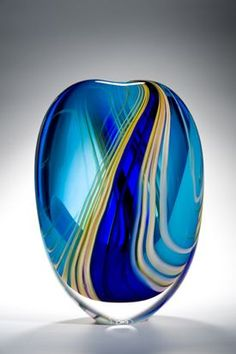Highlights Stoneform ~ One of the crowning jewels of Peter's 'Highlights' collection. A composition in blue. Linear channels of turquoise and royal blue are flanked by delicate and diffuse ribbons of yellow. A magnificent piece! Art Of Glass, Blown Glass Art, Glass Artwork, Glass Vase, Cut Glass, Fused Glass, Stained Glass, Cristal Art, Vase Deco