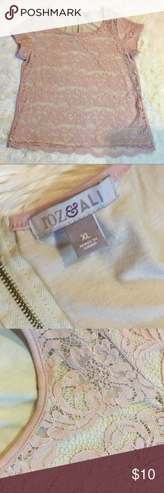 roz&Ali Top Pre-owned in excellent condition Roz & Ali Tops
