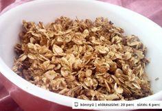 Egészséges házi müzli Granola, Cereal, Oatmeal, Breakfast, Food, The Oatmeal, Morning Coffee, Meal, Muesli