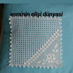 Crochet Top, Instagram, Women, Fashion, Crochet Doilies, Crochet Table Runner, Towels, Moda, Fashion Styles