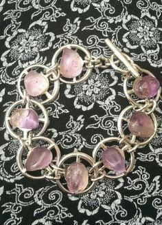 Kaufe meinen Artikel bei #Kleiderkreisel http://www.kleiderkreisel.de/accessoires/armbander-and-armreife/106452856-silbernes-armband-mit-lila-steinchen