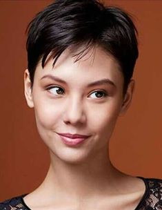 35 Best Short Pixie Cuts to Refresh Your Look Today! – Short Pixie Cuts - All For Hairstyles Pixie Bob Haircut, Short Pixie Haircuts, Short Hair Cuts, Short Hair Styles, Hats For Short Hair, Angled Bob Hairstyles, Asymmetrical Bob Haircuts, Hairstyles Haircuts, Best Pixie Cuts