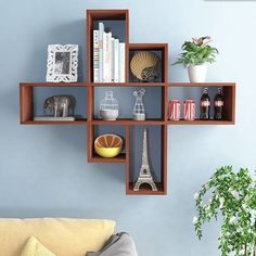 Wall shelves are simple and ingenious storage solutions for things like books, decorations, personal collections and other small objects Bookshelf Design, Wall Shelves Design, Wall Shelf Decor, Wall Decor Design, Wooden Shelves, Furniture Decor, Diy Home Decor, Interior Decorating, Bedroom Decor