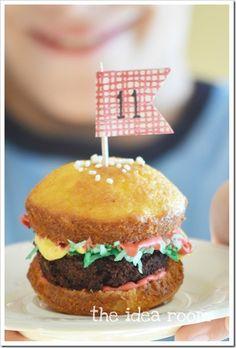 hamburger cupcakes Theidearoom.net