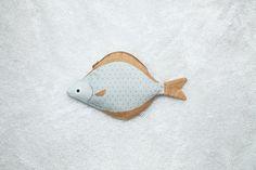Name: halibut Origin: Alaska sea Features: Hand-made, 100% cotton Size: 31 x 18 cm