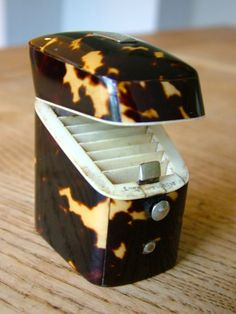 STUNNING QUALITY LUND NOVELTY KNIFE BOX NEEDLE CASE BLONDE FAUX TORTOISE SHELL £103