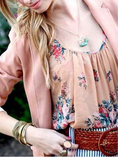 Love this color combination. And anything floral is awesome.