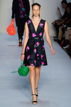 Fashion Trend Spring 2012, Birds Marc by Marc Jacobs, so cute and sexy at the same time