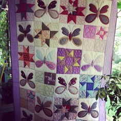 Butterfly and stars quilt