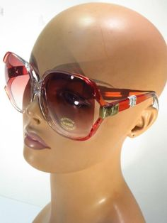 26b6f2530f3 Vintage Over-Sized New Old Stock Gradient Tint Sunglasses    Unbranded  Vintage Sunglasses