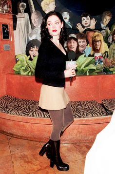 """""""Rose McGowan at Planet Hollywood, 1998 """" Early 2000s Fashion, 90s Fashion, Vintage Fashion, 90s Dress Up, Rose Mcgowan, Planet Hollywood, Celebs, Celebrities, Glamour"""