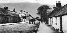 Tour Scotland Photographs: Old Photograph Cottages Bridgend Callander Scotland