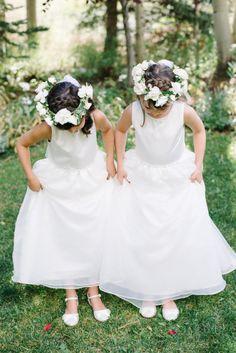 All-white outfits: http://www.stylemepretty.com/colorado-weddings/aspen/2015/05/26/elegant-all-white-tented-aspen-wedding/ | Photography: Kate Holstein - http://www.kateholstein.com/