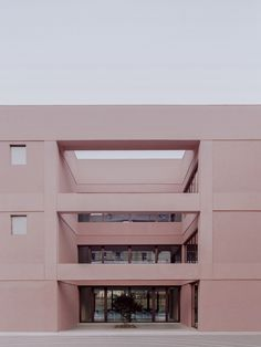A school from the in Torino, Italy, has been updated with a pink steel and adobe plaster extension designed by architecture studio BDR Bureau. Italy Architecture, Contemporary Architecture, Bureau New York, Enrico Fermi, Concrete Staircase, Extension Designs, School Opening, Ground Floor Plan, Learning Spaces