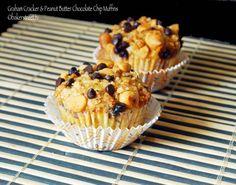 graham cracker muffins with peanut butter chips and chocolate chips with a graham cracker brown sugar streusal