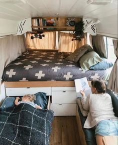 Likes, 76 Comments - Vanlife Van Conversion Interior, Camper Van Conversion Diy, Vw Caravan, Kombi Motorhome, Kombi Home, Bus Living, Caravan Renovation, Campervan Interior, Rv Interior