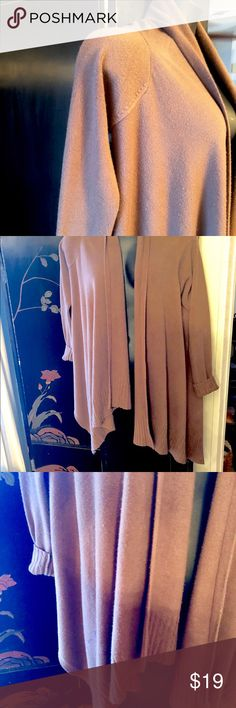 Warm Waterfall Sweater🌹🌹🌹 Good condition looks like it's pilling,It's the nature of fabric.Nice and soft.🌹🌹🌹 Sweaters