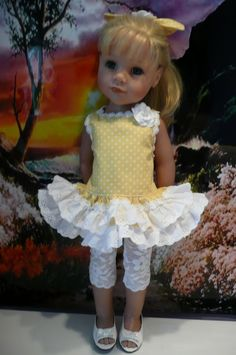 PIXIES:GOTZ HANNAH/DESIGNA FRIEND:lemon/white Dress/leggings hair Bow HAND MADE