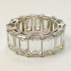 emerald cut... love