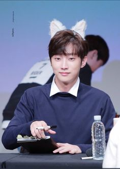 ️1️⃣️4️⃣_ Jinyoung _ rollin'_ fan sign event_