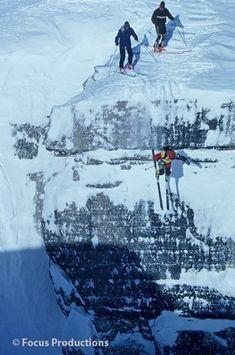 Winter Hiking, Winter Fun, Winter Sports, Ski Extreme, Extreme Sports, Ski And Snowboard, Snowboarding, Ski Ski, Outdoor Playground
