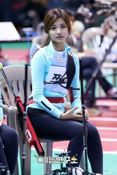 Pin on Beautiful « Luna Margarin - 美しさ Most Beautiful Faces, Beautiful Asian Women, Korean Beauty, Asian Beauty, Tzuyu Body, Twice Tzuyu, Archery Girl, Hot Japanese Girls, Beautiful Athletes