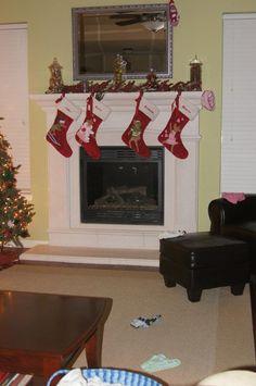 1000+ images about Elf on A Shelf Ideas on Pinterest | Elves, Elf on ...