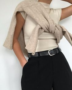 Fashion Gone rouge: Photo Fashion Week, Look Fashion, Winter Fashion, Fashion Trends, Classy Fashion, Spring Fashion, Mode Outfits, Casual Outfits, Fashion Outfits