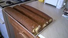 De jó lenne most egy-két szelet!!! :D Tiramisu, Ethnic Recipes, Food, Eten, Tiramisu Cake, Meals, Diet