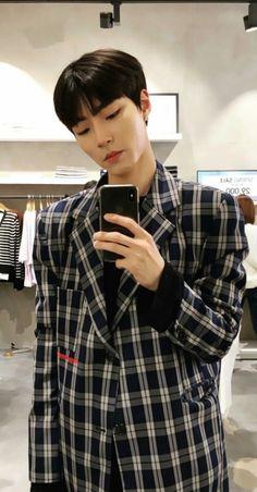 Korea Boy, Handsome Boys, Korean Actors, South Korea, Dramas, Exo, Wallpaper, Random, Pretty Boys