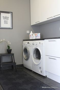 kodinhoitohuone Archives - Modernisti kodikas Laundry Nook, Laundry Decor, Laundry Room Cabinets, Basement Laundry, Utility Room Designs, Sink Design, Room Goals, Laundry Room Design, Cool Apartments