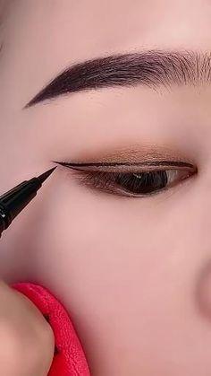 How To Do Winged Eyeliner, Everyday Eyeliner, Smudged Eyeliner, Simple Everyday Makeup, Best Eyeliner, No Eyeliner Makeup, Korean Eye Makeup, Eye Makeup Art, Natural Eyeliner Tutorial