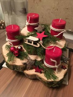 Holiday Red Candlestick Art Design Ideas Diy Craft Table diy arts and crafts table Centerpiece Christmas, Christmas Advent Wreath, Christmas Candles, Rustic Christmas, Christmas Decorations, Diy Christmas, Table Decorations, Advent Wreaths, Table Centerpieces