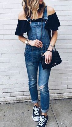 Here are a few ways to style your converse, there's a bunch of different ways to wear these shoes and they're all cute Hipster Grunge, Grunge Goth, Spring Outfits, Girl Outfits, Casual Outfits, Cute Outfits, Fashion Outfits, Boot Outfits, Beautiful Outfits