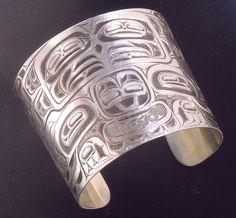 Eagle & Wolves bracelet by Corey Moraes - Tsimshian Fine Arts Native American Artists, Native American Fashion, Native American Jewelry, Native Indian, Native Art, Indian Art, Haida Art, Native Style, Aboriginal Art