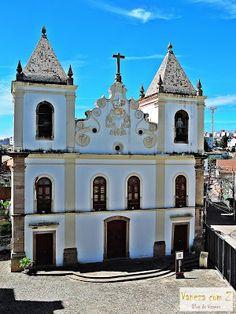 passeio de bike em Salvador. igreja da barroquinha.