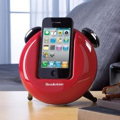 Brookstone iDesign Retro Dock for iPod and iPhone Devices (Black) Brookstone http://www.amazon.com/dp/B004ALFNSY/ref=cm_sw_r_pi_dp_BZPPwb05DNBY4