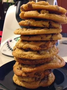 Chocolate chip cookies in the thermomix. Used raw sugar but substituted brown for coconut sugar Chip Cookie Recipe, Biscuit Recipe, Lunch Box Recipes, Sweets Recipes, Cooking Recipes, Vegetarian Recipes, Biscuits, Subway Cookie Recipes, Recipes