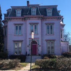 "220 Likes, 13 Comments - Hannah Hergenhan (@hannahhergenhan) on Instagram: ""#mansardmonday Plainfield, NJ. Terrible sign placement ♀️ #home #househunter #houseoftheday…"""