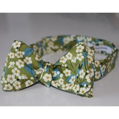 green kimono bow tie by edward kwan