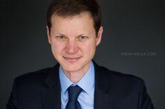 Manager Headshot   Business Headshot    PROFESSIONAL PORTRAIT   Montreal Headshot Photographer  andapanciuk.com