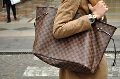 All sizes of the LV Neverfull are to die for