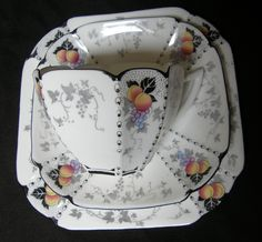 ART DECO Shelley 'Queen Anne' Peaches & Grapes tea cup trio
