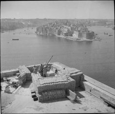 40mm Bofors anti-aircraft gun position overlooking Grand Harbour, Malta, 10th June 1942.
