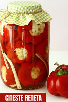 Picnic, Basket, Table Decorations, Vegetables, Mai, Food, Canning, Essen, Picnics