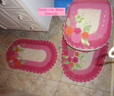Jogo De Banheiro rosa 3 Peças | Tapetes e cia Mirian Guimarães | Elo7