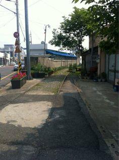 교육생 물휴지 @mulhuge / 서울과는 시간이 흐르는 속도가 다르다. 바람도 여유가 있다. 아직 옛날 정취가 남아 있는 골목길들. / 2013 06 07 /