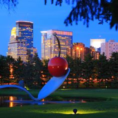 25 Totally Free Things to Do in Minneapolis - Twin Cities - Thrillist Minneapolis Skyline, Minneapolis Minnesota, Minneapolis Downtown, Oh The Places You'll Go, Places To Visit, Minneapolis Sculpture Garden, Escalante National Monument, Couple, Tips