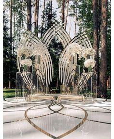 Backdrop goals #munaluchibride #weddingceremony   #Repost @ijorere This AMAZing…