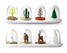Snow globe Spice shakers